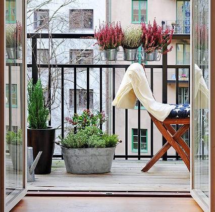 Decorar un balc n decoraci n - Decorar balcon pequeno ...