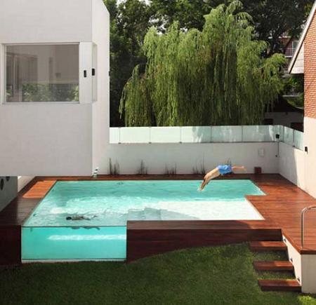 Decoraci n casa minimalista con piscina for Casa minimalista con alberca
