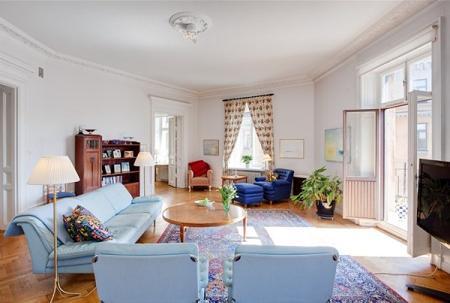 Apartamento de decoración clásica – Decoración