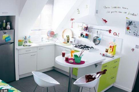 Decoración El diseño perfecto para que una cocina pequeña parezca ...