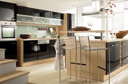 10 cocinas en color negro decoraci n for Encimera negra brillo