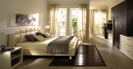 Decoraci n normas b sicas para distribuir el dormitorio - Como distribuir una habitacion con dos camas ...
