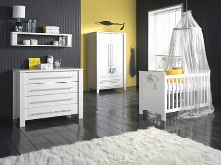La habitación del bebé: en gris