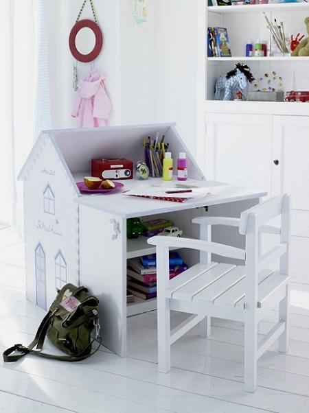 Escritorio infantil con forma de casa ideal para crecer y so ar decoraci n for Escritorio infantil