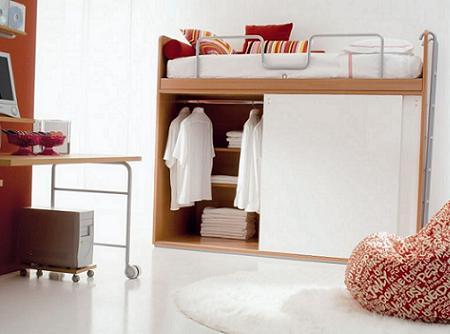 Dormitorios infantiles la cama encima del armario decoraci n - Cama sobre armario ...