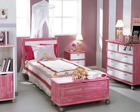 Fotos de dormitorios infantiles muy inspiradores con - Habitaciones infantiles pintadas a rayas ...