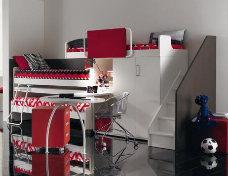 Decoraci n habitaci n juvenil de 3 camas en un nico mueble - Literas con armario incorporado ...