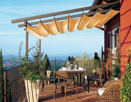 Decoraci n p rgolas crear un porche en tu terraza o jard n - Pergolas y toldos para jardin ...