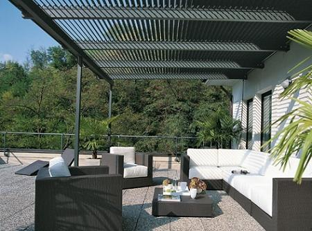 Decoraci n p rgolas crear un porche en tu terraza o jard n - Estructuras de aluminio para terrazas ...