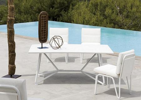Decoraci n 34 muebles de aluminio para tu terraza o jard n for Kettal muebles jardin