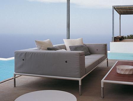 Colecci n springtime de b b italia dise o minimalista for Sofa exterior hipercor