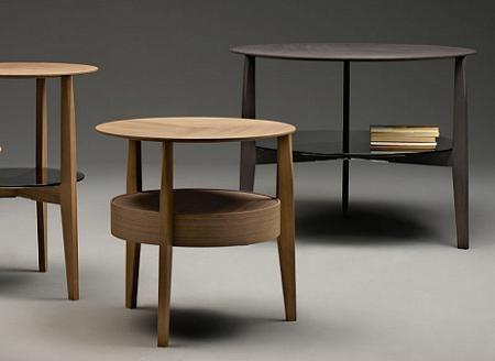 5 mesas auxiliares para el sal n decoraci n for Mesas de salon de madera