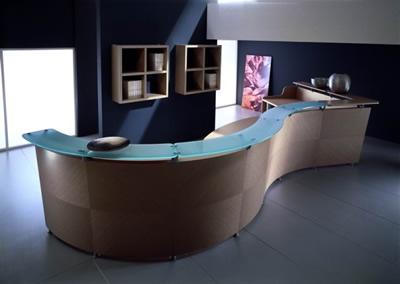 20 muebles de dise o para la recepci n y consejos para for Recepcion oficina moderna
