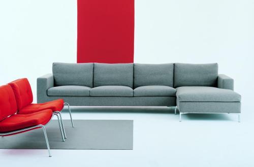 sofá con chaise longue