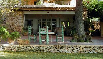 C mo decorar el porche de la casa de campo decoraci n for Decorar porche pequeno