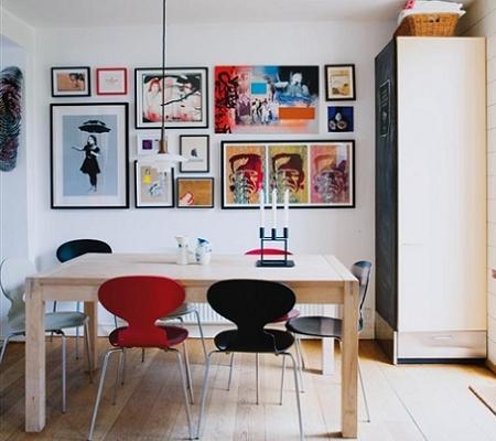 Sillas de comedor de colores decoraci n for Como decorar un comedor minimalista