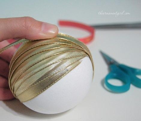 Como Hacer Tus Propias Bolas De Navidad Con Poliestireno Decoracion - Como-hacer-bolas-de-navidad