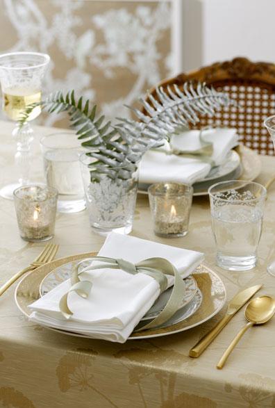 Ideas para poner la mesa de navidad decoraci n for Mesa de navidad elegante