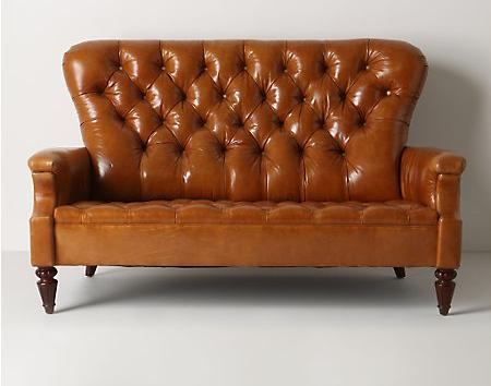 Los sof s m s vintage son de anthropologie decoraci n for Sofas comodos y bonitos