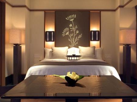 Decoraci n decora tu dormitorio con vinilos ideas y ejemplos - Decoracion en paredes de dormitorios ...