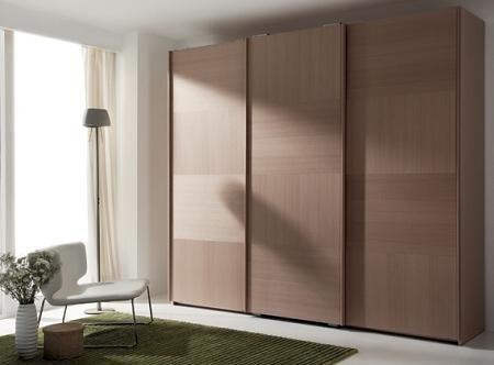 20 armarios con puertas correderas decoraci n for Cortinas para puertas de armarios