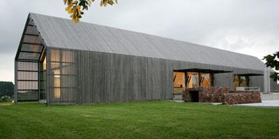 granja convertida en casa de diseño