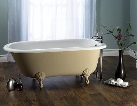 Bañera antigua con patas, de Victoria Albert