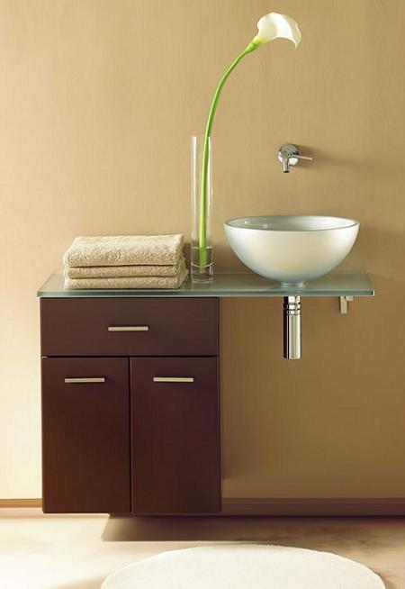 Ba os peque os y sofisticados aqu tienes unos ejemplos for Lavabos pequenos con mueble
