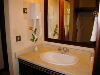 baño hotel flor