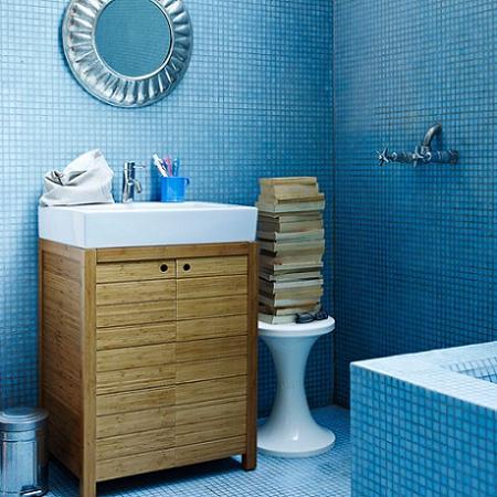 Baño azul de gresite