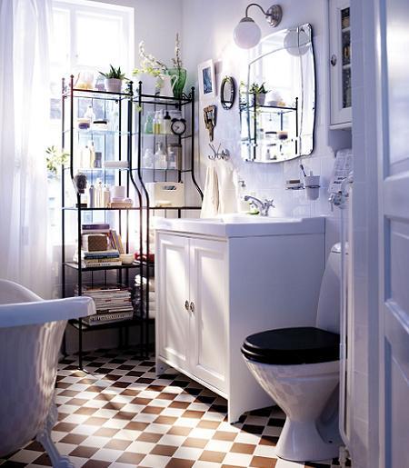 Baño rústico en blanco
