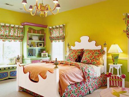 Dormitorio amarillo rústico