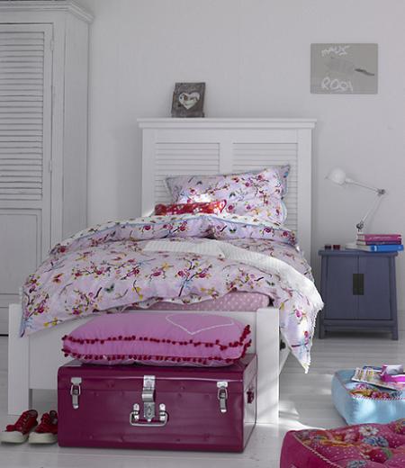 Un dormitorio infantil con un aire vintage muy encantador!