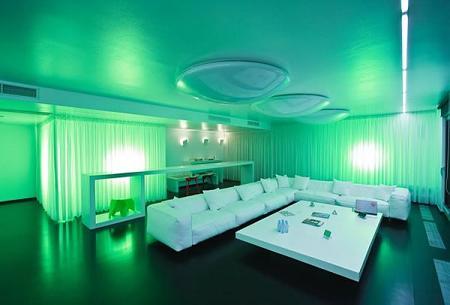 La iluminación en un mismo espacio puede cambiar por completo el ambiente