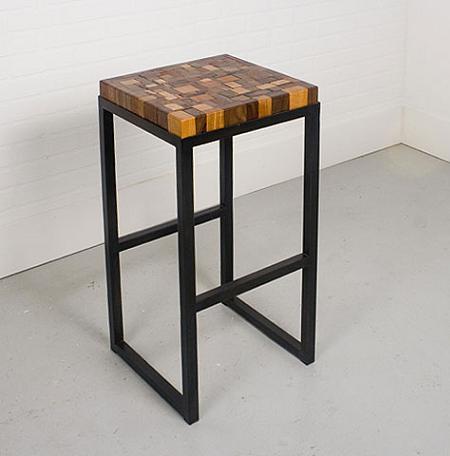 Stolen es la colección de muebles reciclados de Uhuru