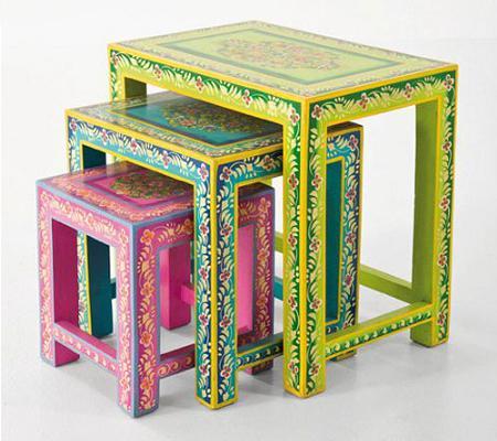Mesas auxiliares de colores