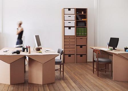 Oficina de cartón