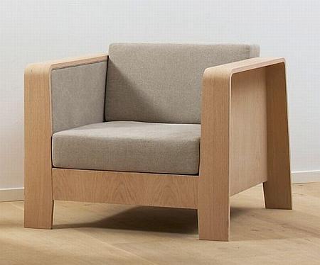 Qo2_Chair_1.jpg
